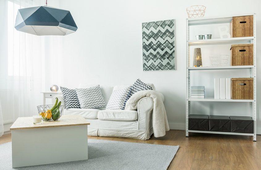 Interieurtips Kleine Woonkamer : Is je woning aan de kleine kant vergroot je ruimtes met deze