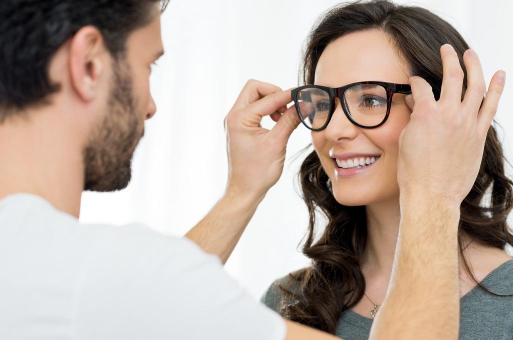 Een bril of je ogen laten laseren?