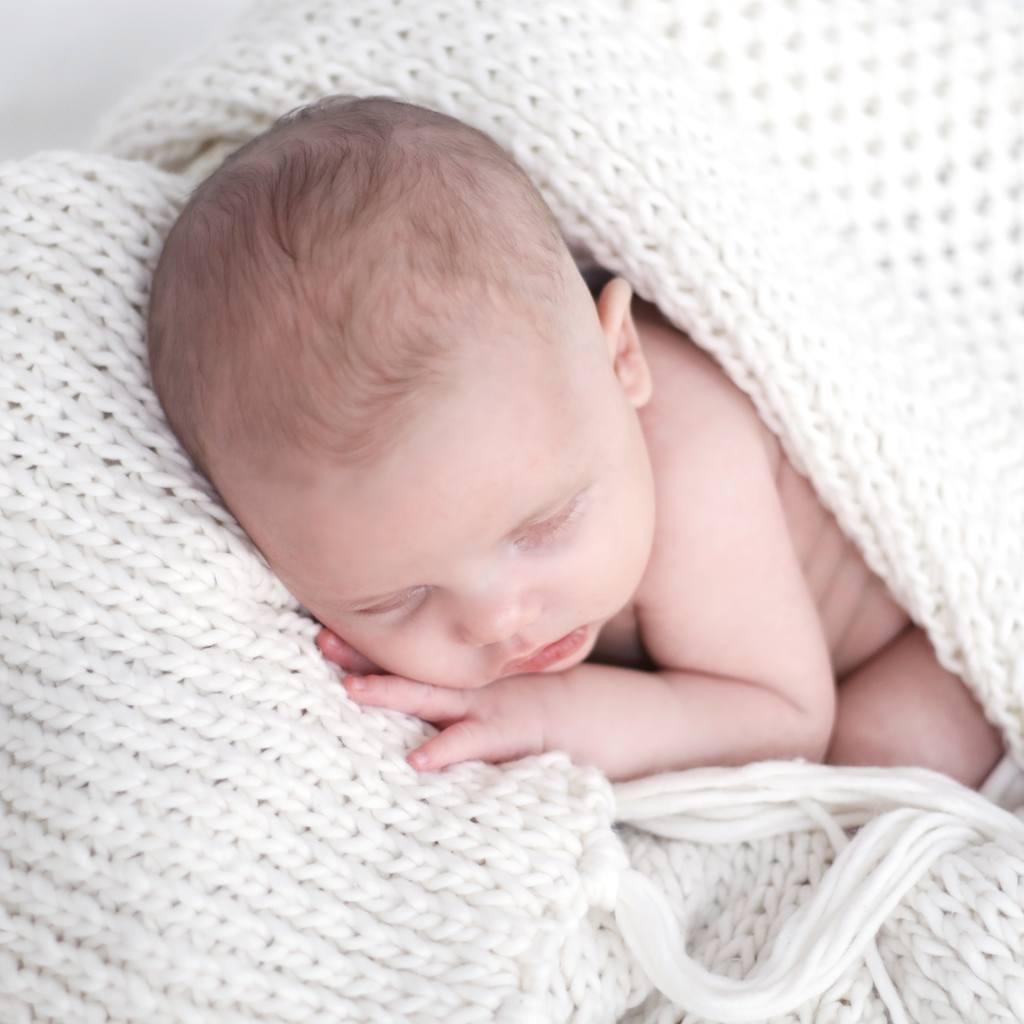 Making memories.. Newborn fotoshoot door Marieke Lubbers Fotografie