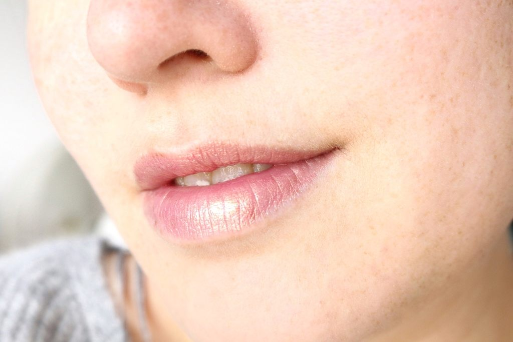 Ciaté – Liquid Chrome lipgloss & Glow-To Illuminating Blush