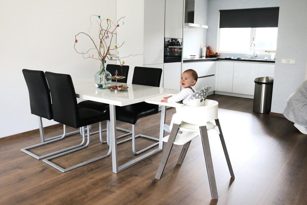 Kinderstoel Aan Eettafel : Stokke steps een moderne kinderstoel voor baby en kindje jamey