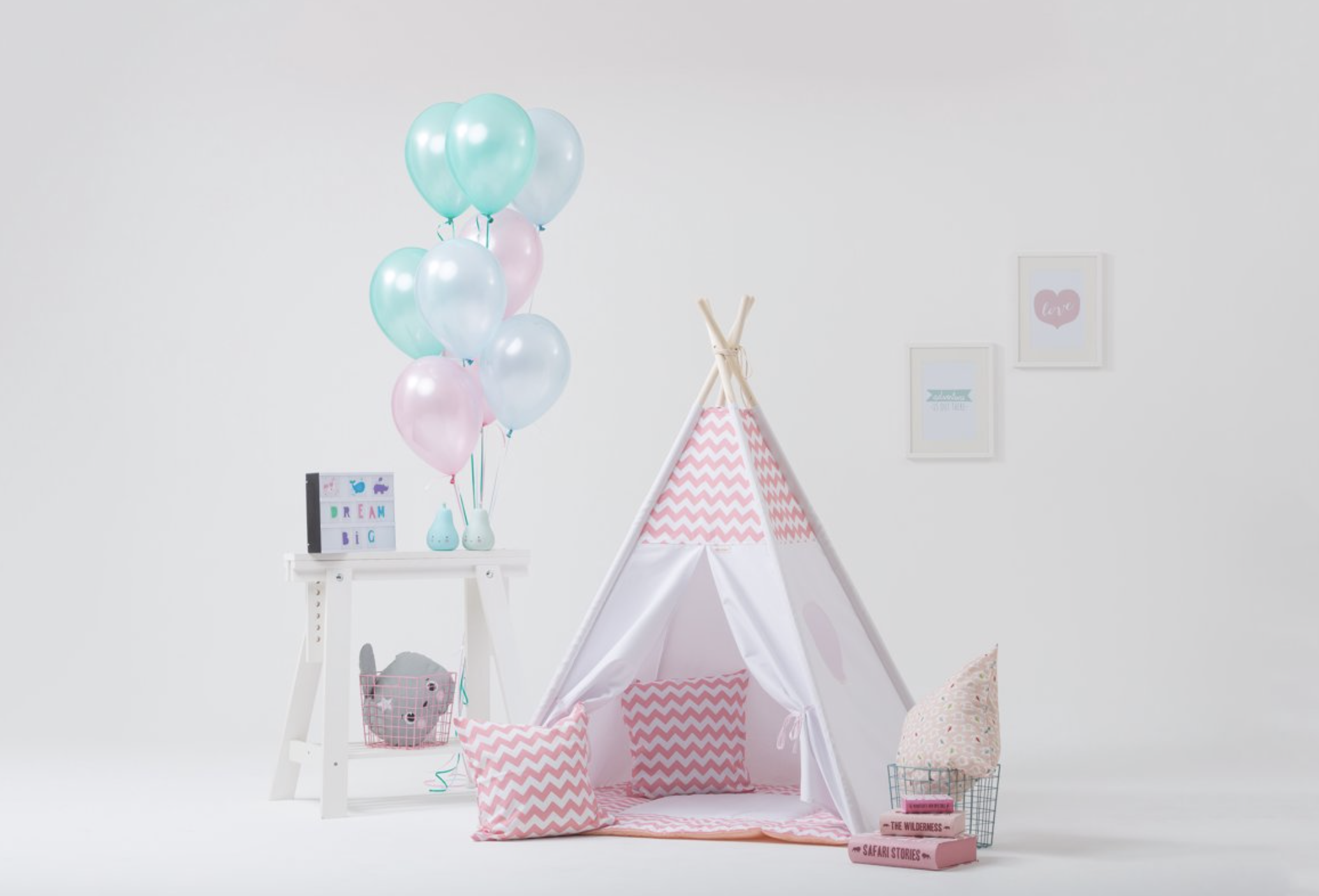 Roze baby musthaves - de roze tipi