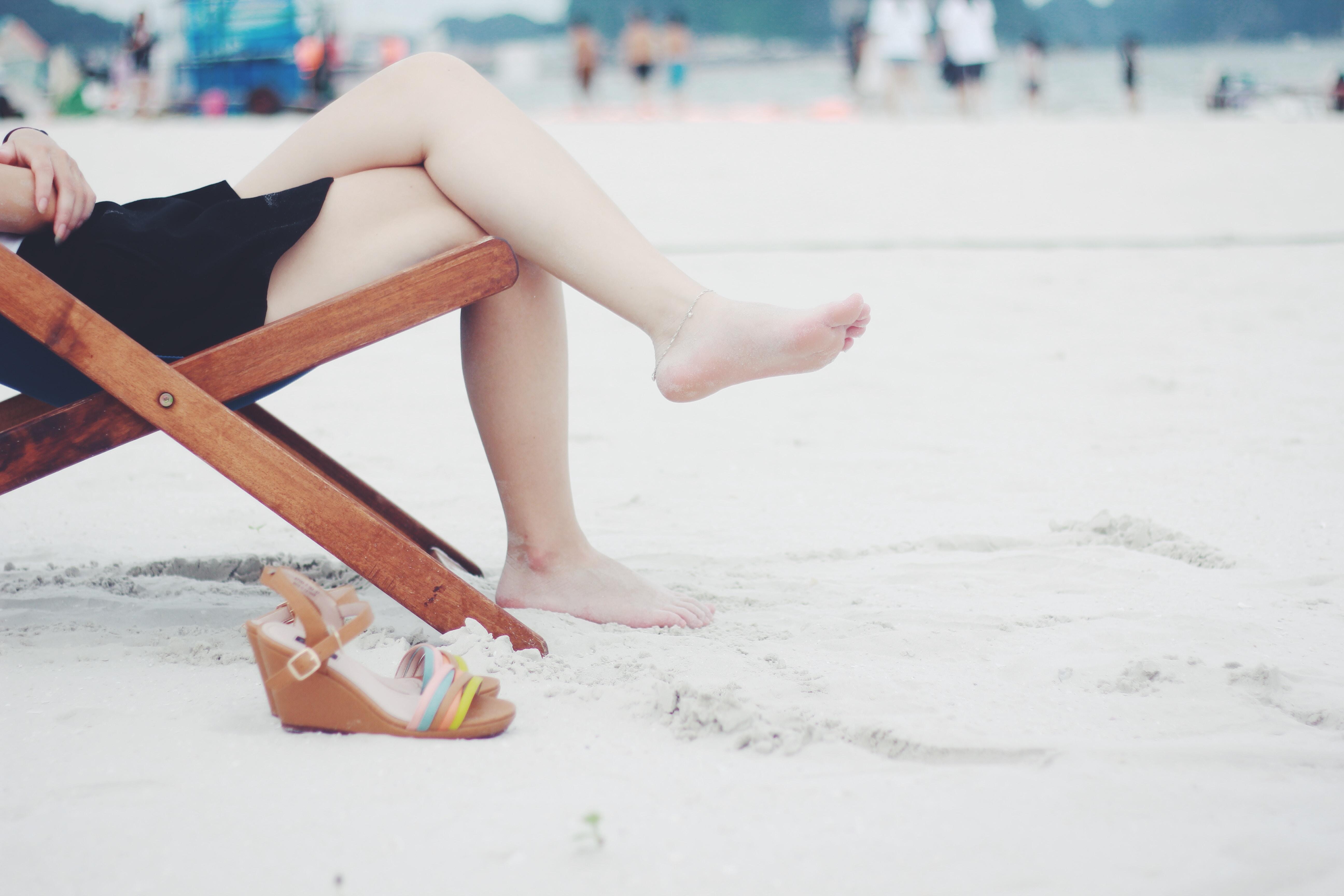 Schurende benen, zo kom je er vanaf! strand