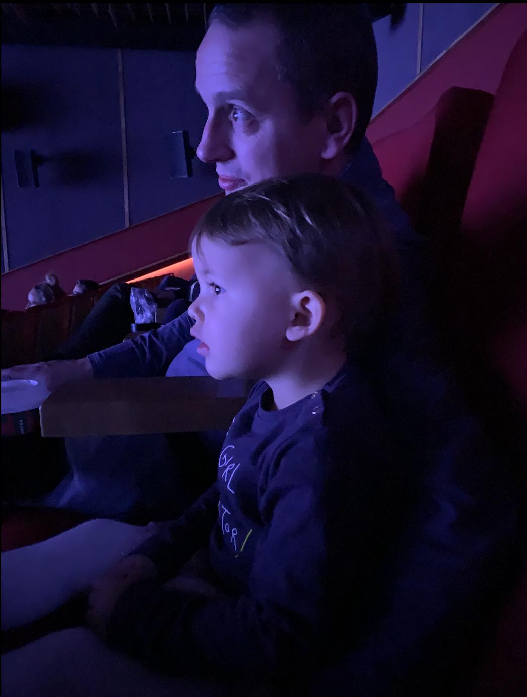 Naar de bios met een 2-jarige