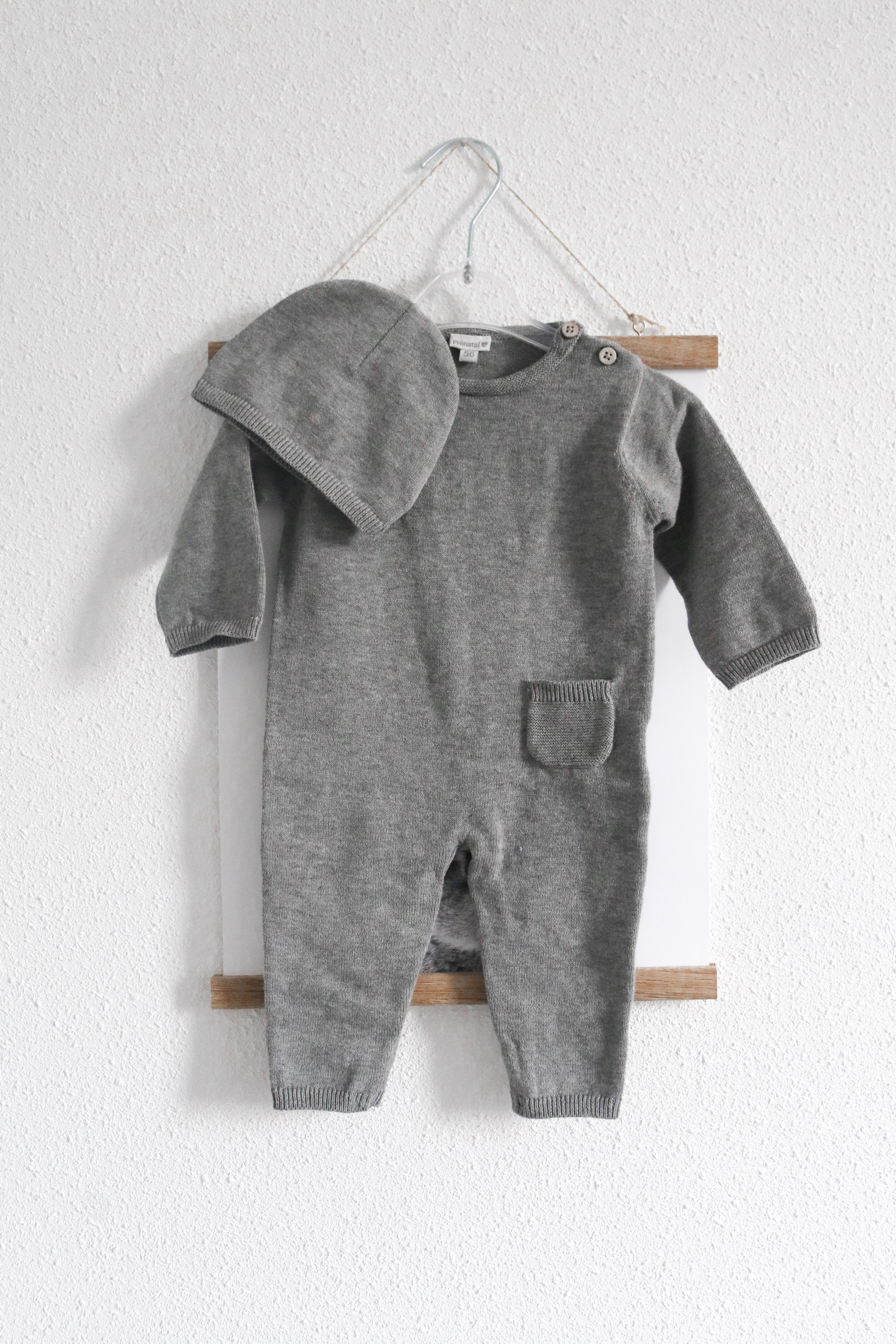 Setje van Prenatal babykleertjes